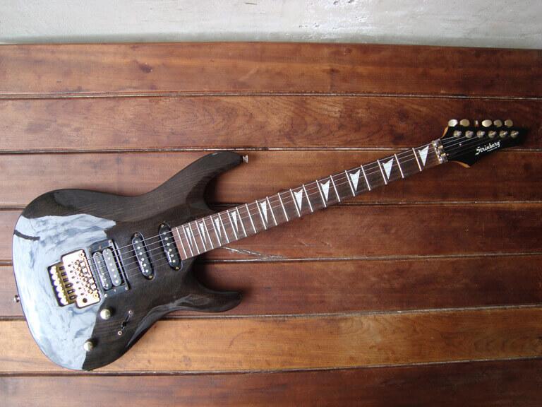 GUITARRA STRINBERG CLG25 / R$590,00