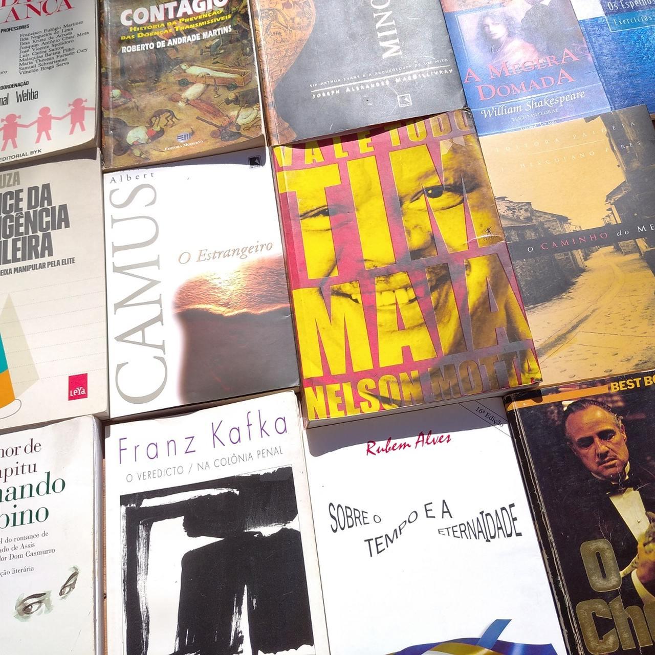 Acesse nossa loja virtual de livros e discos! Loja física: Rua Paula Gomes, 380, São Francisco, Curitiba - dentro da Doceria Erva Doce. Atendimento: sexta e sábado, das 19h à meia noite